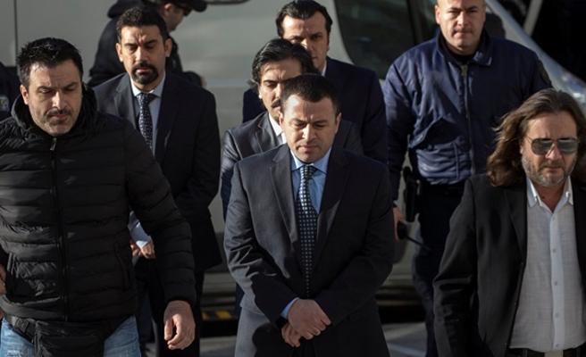 Yunanistan'dan firari FETÖ'cülere polis koruması