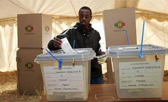 Zimbabve'de değişim umutları gerçekleşmedi