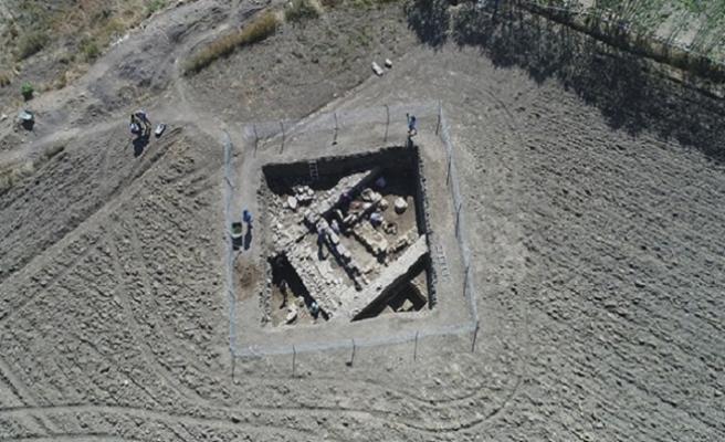 2 bin yıllık eserler gün yüzüne çıkıyor