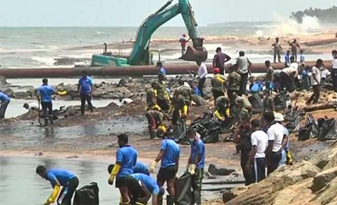 30 ton petrol denize aktı