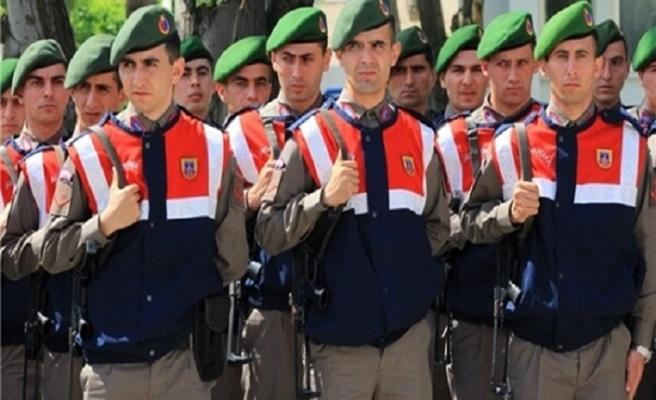 Aktif görevdeki 20 subaya gözaltı kararı