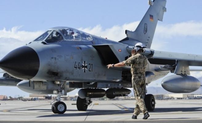 'Almanya, Suriye'ye düzenlenecek hava saldırılarına katılabilir'