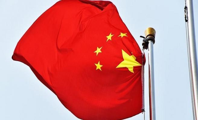 Çin'de araç kalabalığa daldı: 9 ölü