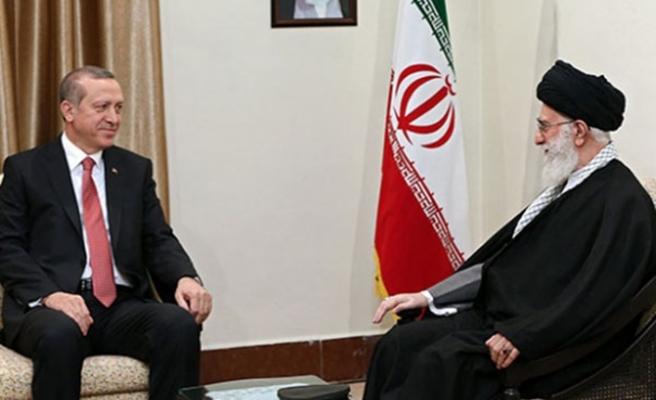 Cumhurbaşkanı Erdoğan, İran'da Hamaney ile bir araya geldi
