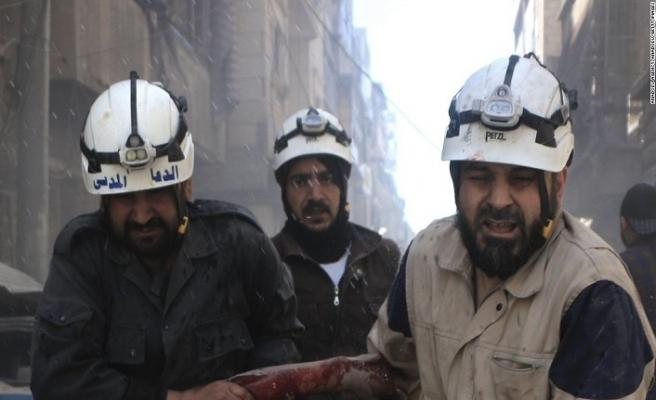 Esed rejimi, sivil savunma ekibine saldırdı
