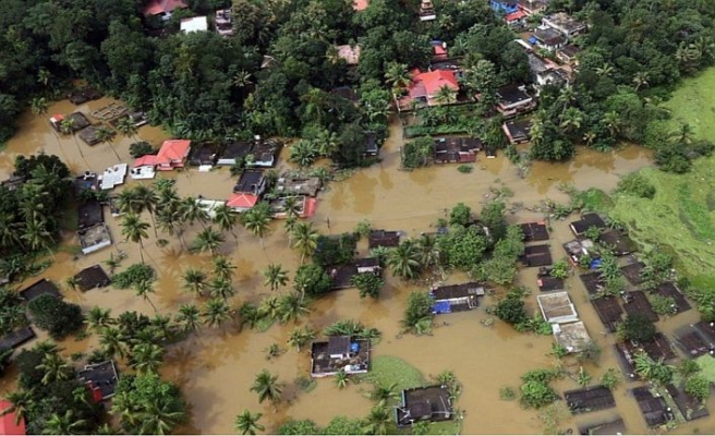 Hindistan'da sular çekildi, hastalıklar can alıyor