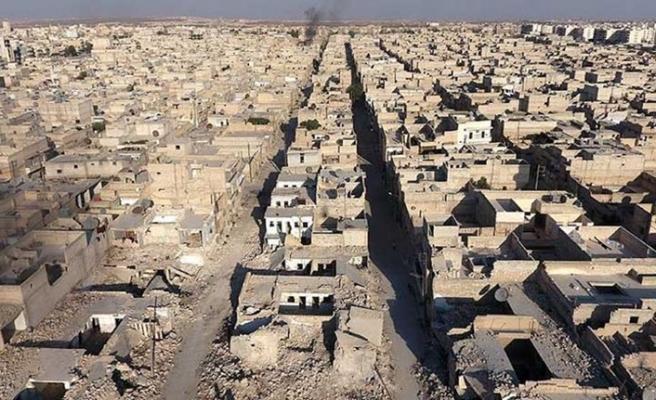 İran Suriye'nin yeniden inşasında yer alacak