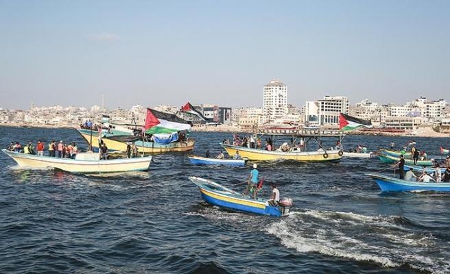 İsrail'den ablukayı kırmak isteyen aktivistlere müdahale