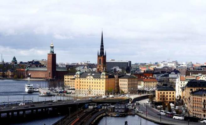 İsveç halkı seçimlerde göçmen karşıtı partiye yönelebilir