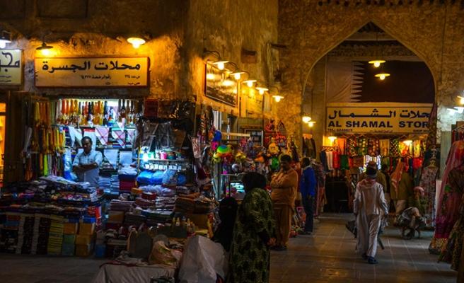 Katar Emiri'nden komşularına ambargo sitemi