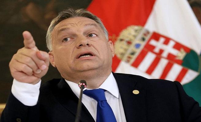 Macar lider İtalyan hükümetini böldü