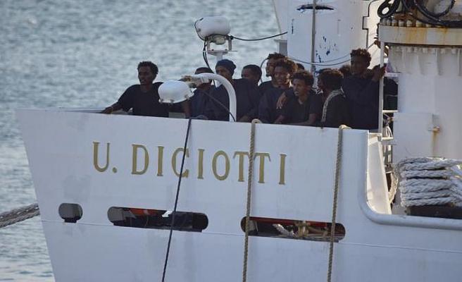 Malta ile İtalya arasında göçmen kavgası