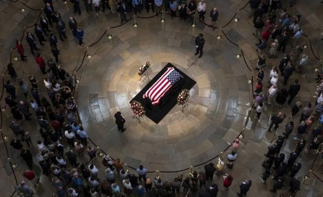 Trump ABD'li senatör McCain'in cenaze törenine katılmadı
