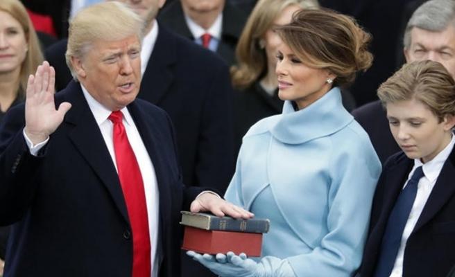Trump'ın yemin töreni fotoğraflarında hile yaptığı ortaya çıktı