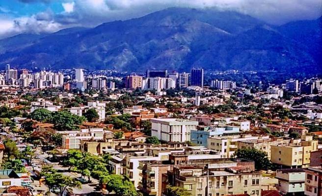 Venezuelalı göçmenlerin dönüşü için ücretsiz uçak
