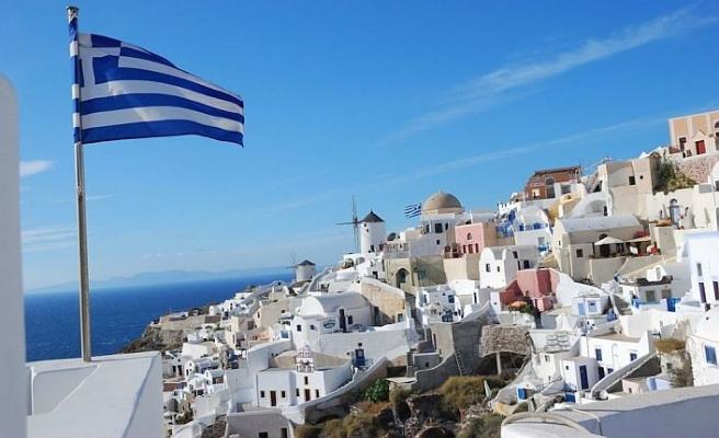 Yunanistan'da turizm gelirleri arttı
