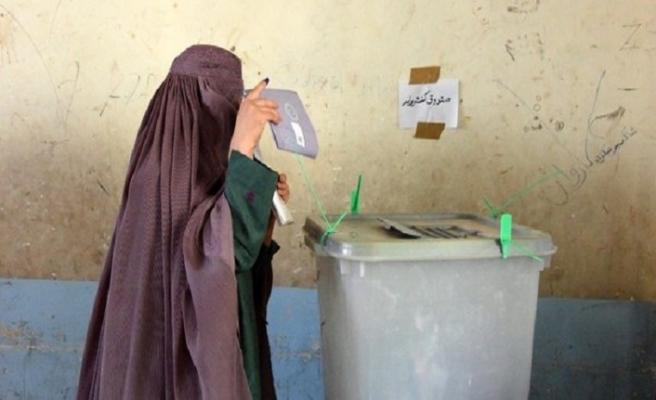Afganistan'ın Kandahar vilayetinde  oylar veriliyor