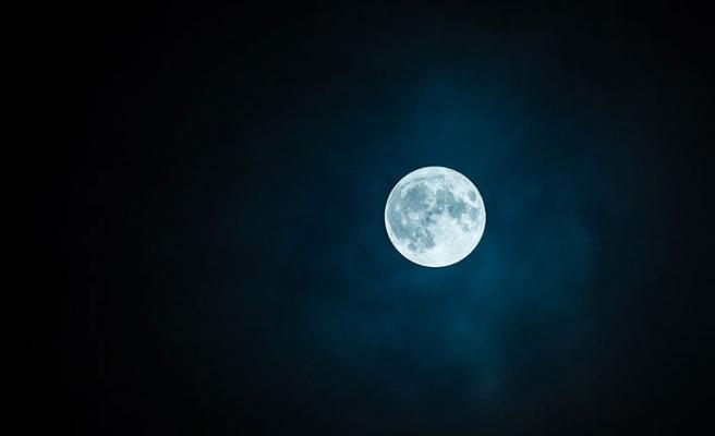 Çin uzaya 'Yapay Ay' gönderecek