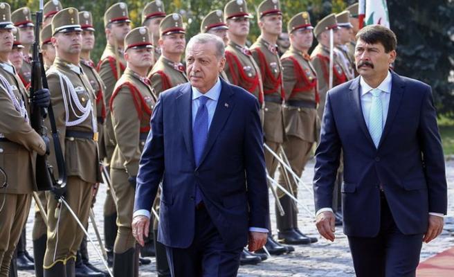 Erdoğan Macaristan'da konuştu