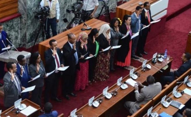 Etiyopya'da ilk kez bir kadın savunma bakanı oldu