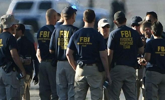 FBI: Paketlerden çıkan beyaz toz tehdit içermiyor