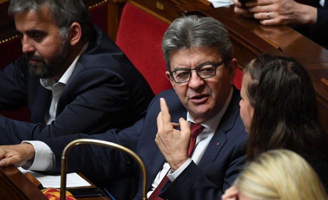 Fransa'da muhalefete baskın