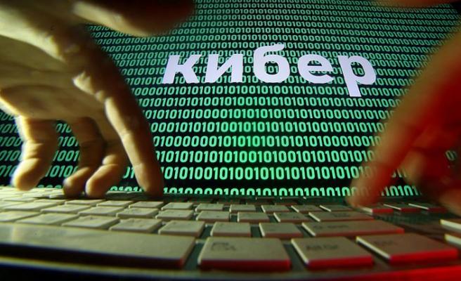 Hollanda'dan Rusya'ya siber savaş iddiası