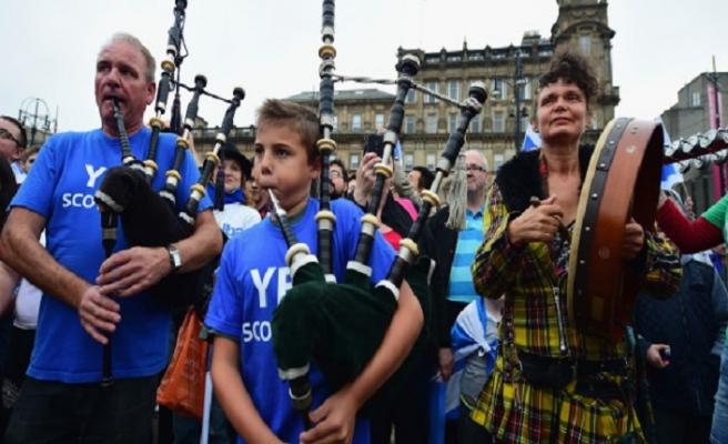 İskoçya'dan yeni referanduma destek vaadi
