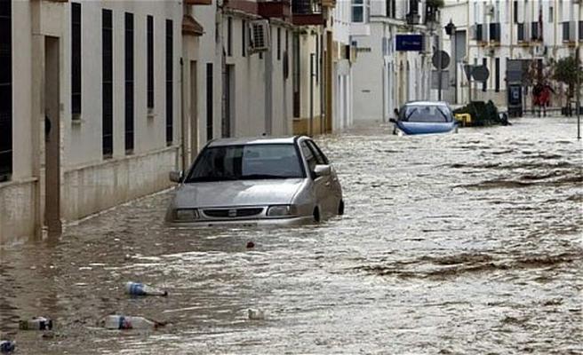 İspanya'daki afette ölü sayısı artıyor