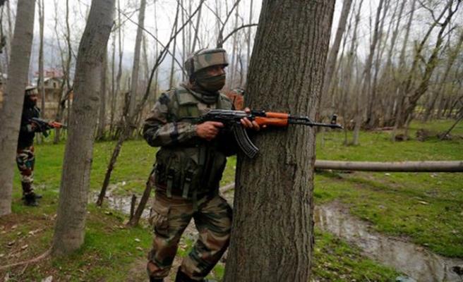 Keşmir'deki çatışmalarda 10 ölü
