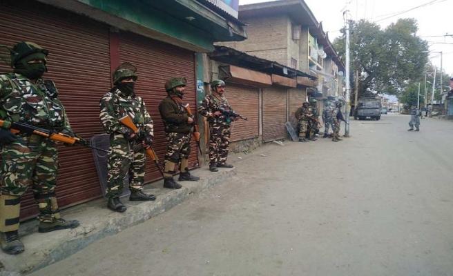 Keşmirli göstericiler ve direnişçiler Hint polisi ile çatıştı
