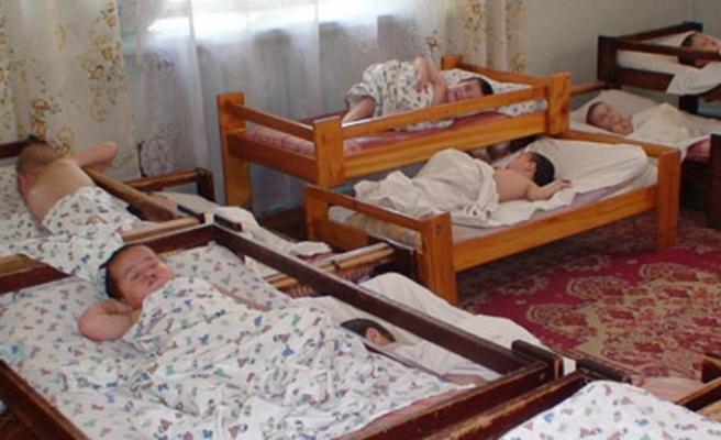 Kırgız yetimler kiliselerin gözetiminde