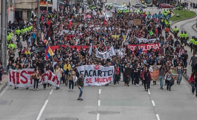 Kolombiya'da öğrenci protestosu
