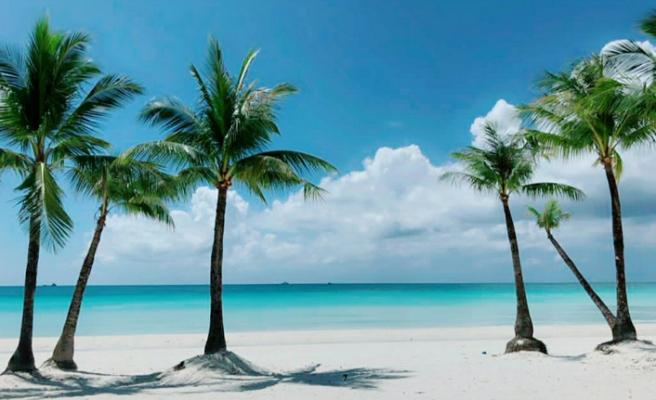 Kurallara uyan Boracay plajına artık girebilecek