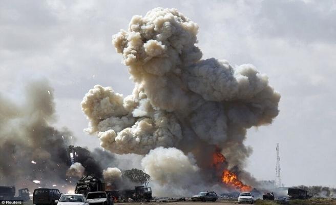 Musul'da patlama ölü ve yaralılar var