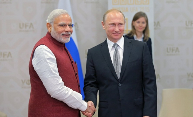 Putin'den kritik Hindistan çıkarması