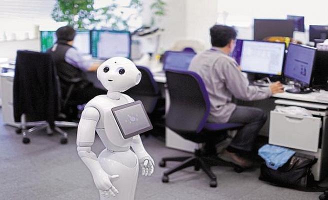 Robot Pepper tanıklık için çağrıldı