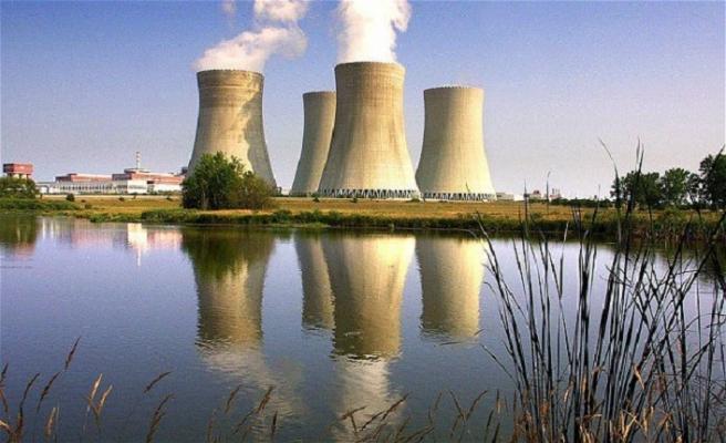 Rusya Hindistan'da 6 nükleer santral kuracak