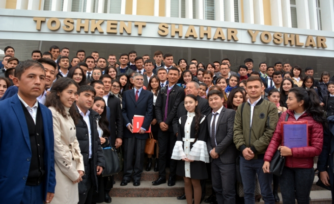 Sancar'a Özbekistan'dan fahri doktora unvanı