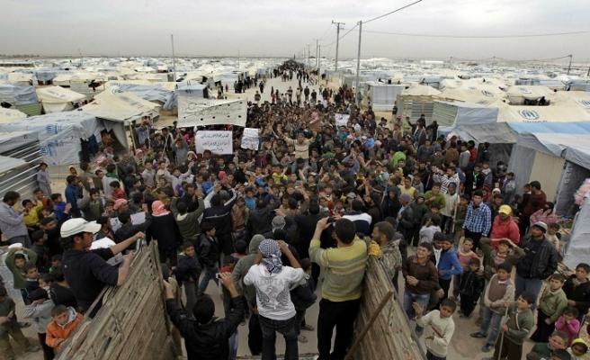 Suriyeliler ülkelerine dönmek durumunda kaldı