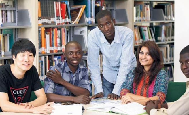 Türkiye'de üniversite okuyan misafir öğrencilere burs