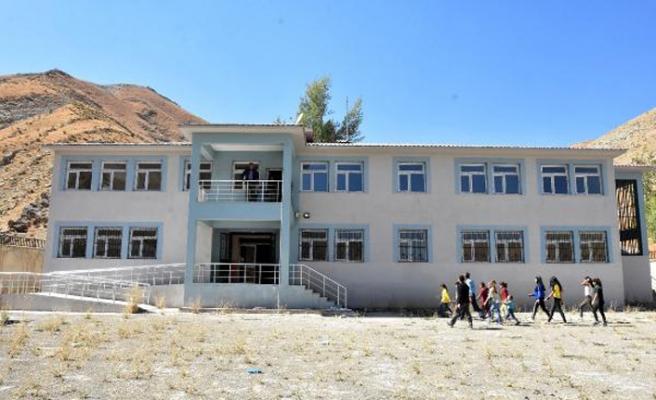 Yüksekova-İran sınırında eğitim başladı