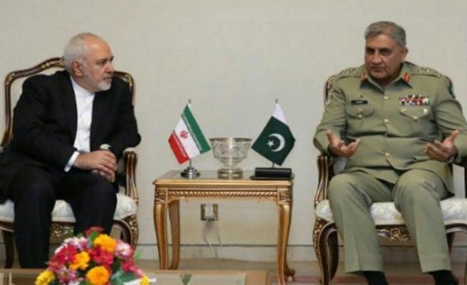 Zarif 12 İran askerini arıyor