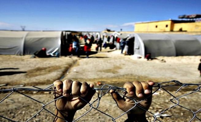 56 bin 800 sığınmacının akıbeti düşündürüyor