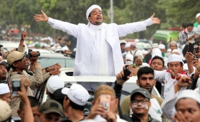 Endonezyalı alim ve FPI lideri S. Arabistan'da tutuklandı
