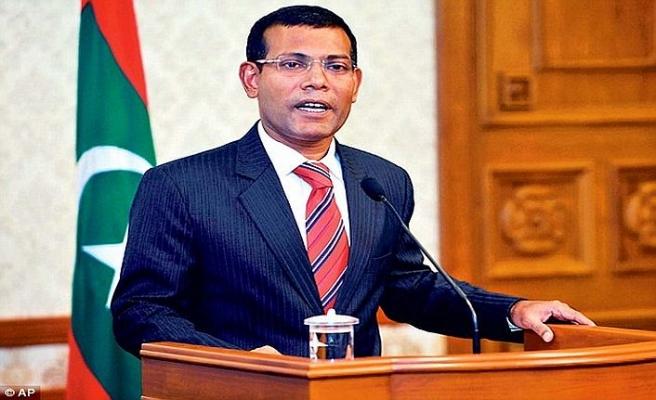 Eski devlet başkanı yeniden Maldivler'de