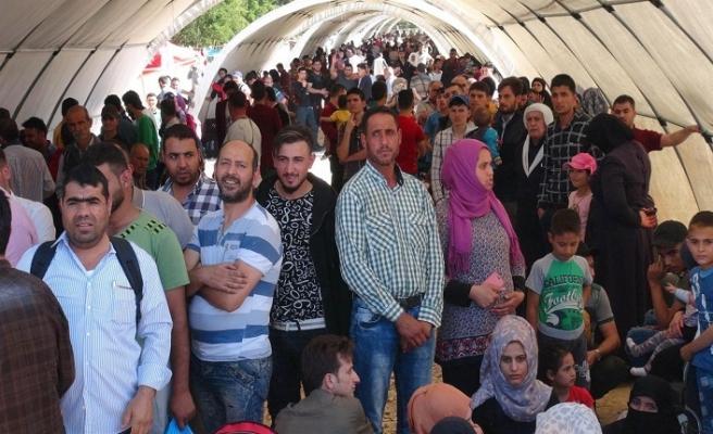 Lübnan'dan Suriye'ye dönen 20 mülteciyi Esed rejimi öldürdü