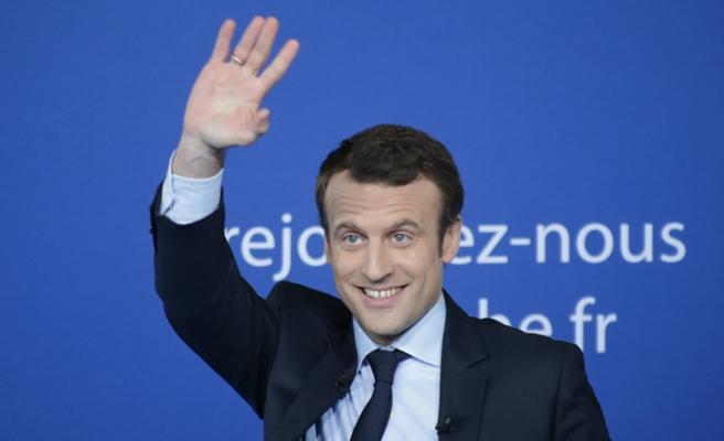 Macron'a suikast önlendi
