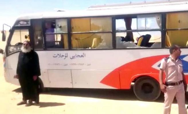 Mısır'da Hristiyanları taşıyan otobüse silahlı saldırı: 7 ölü