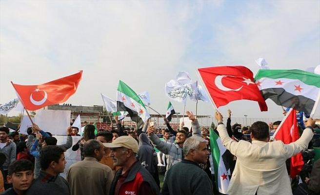 Suriyelilerden PKK-YPG'ye protesto